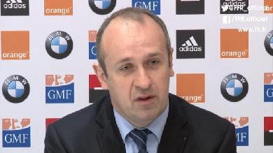 VIDEO. XV de France : les explications de Philippe Saint-André sur sa liste, les joueurs réagissent à chaud
